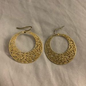 Thing gold hoops